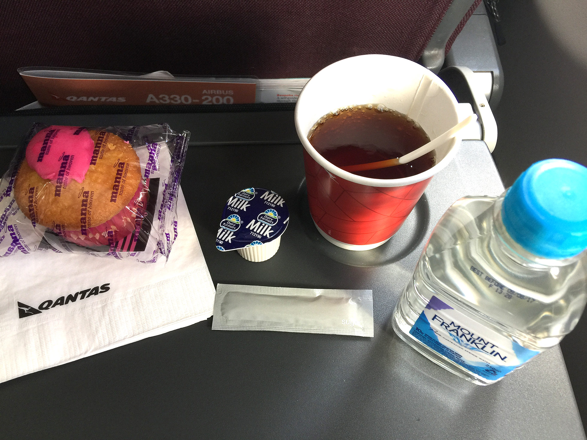 morning tea onboard QF422 Melbourne to Sydney
